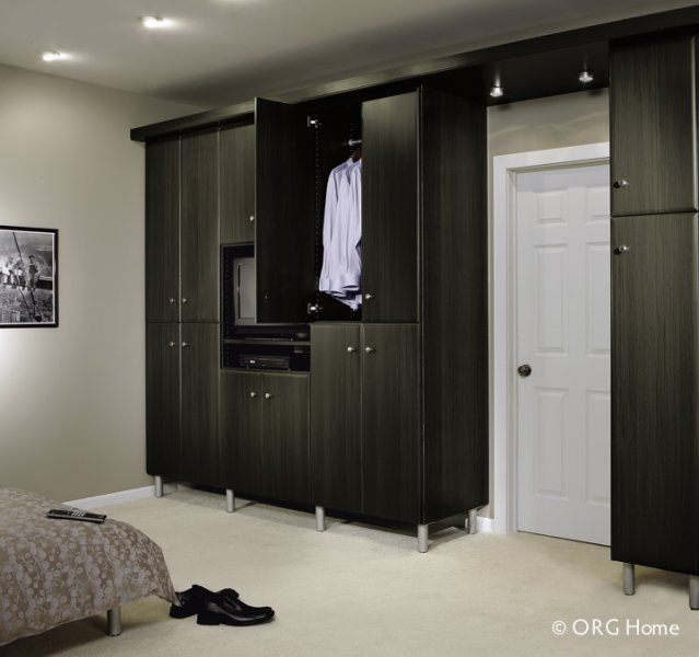 Bedroom Closets And Wardrobes: Custom Closets And